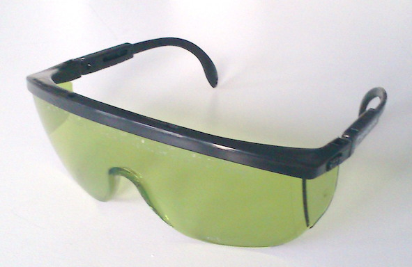 Laser safety goggles 808 and 1064 nm