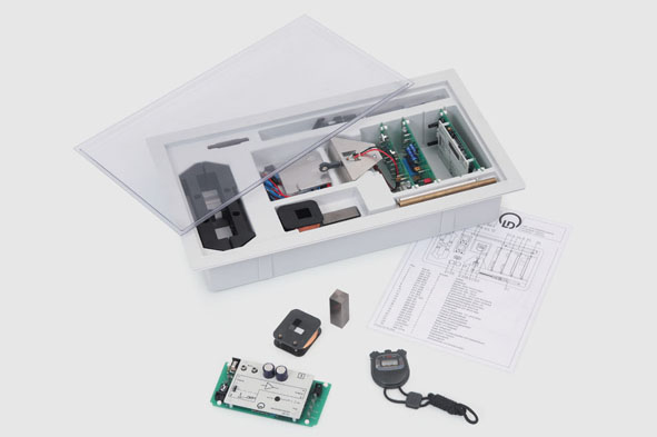 Student Experiment Kit: Magnetism, Electricity and Electronics (MEE)