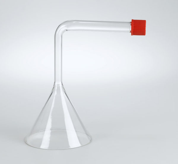 Funnel for gas collection