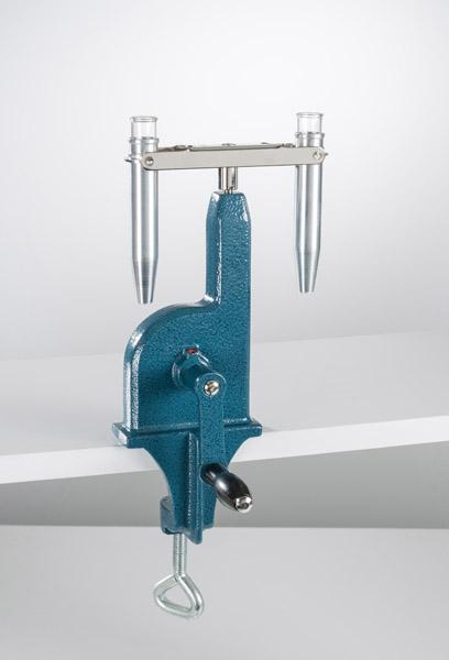 Hand-driven centrifuge