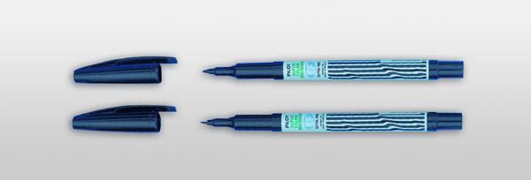 Felt tip pen, black, medium