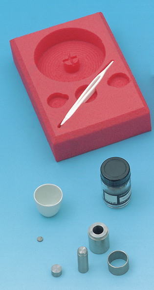 Superconductor experiment kit for making superconductors
