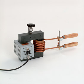 Model of a high-current transformer - Melting a nail