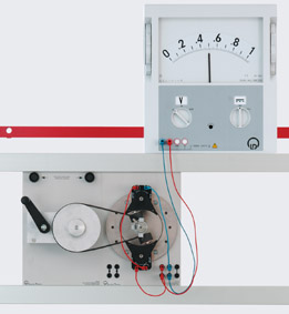 Stationary armature generator - Measurement via demo multimeter