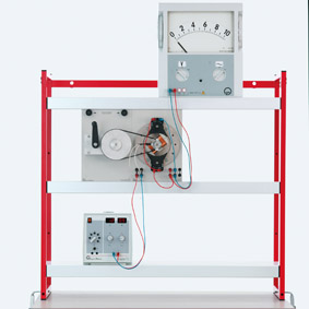 Stationary armature generator - Dependence on induced voltage