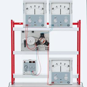Generating a three-pole alternating voltage - Demonstration via demo multimeter
