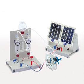 Conversion of energy in a fuel cell - Operation with a solar cell and electrolysis cell