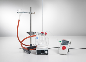 Investigation of the density maximum of water - Measuring with Mobile-CASSY