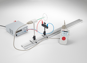 Measuring the magnetic field for a straight conductor and on circular conductor loops